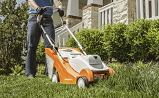homeowner-lawn-mower