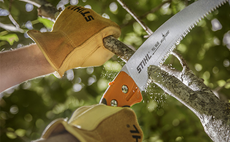 hand-pruning-saws