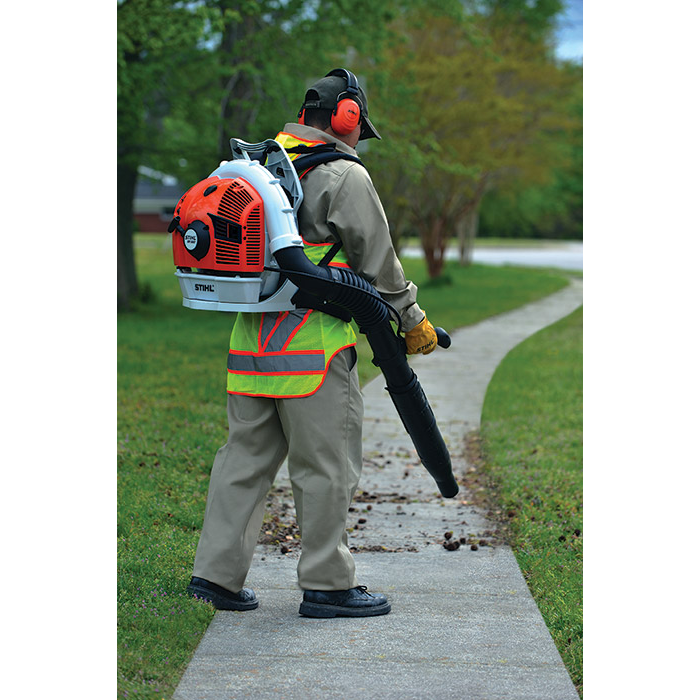 BR 550 Backpack Blower - Professional Back Pack Blowers
