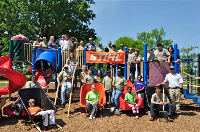 STIHL volunteers on PLANET Day of Service