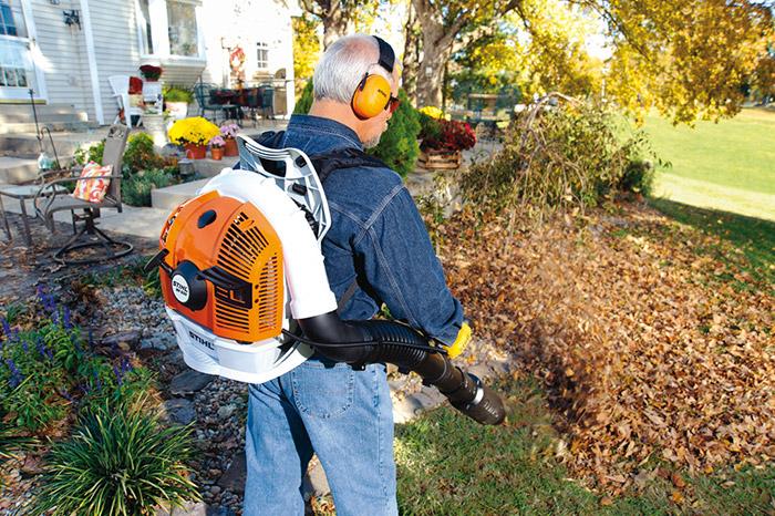 Br 500 Backpack Blower Powerful Gas Leaf Blowers Stihl Usa
